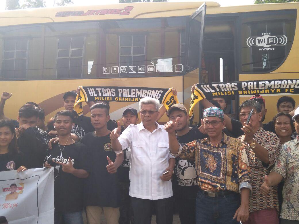 Mawardi dan Supporter SFC